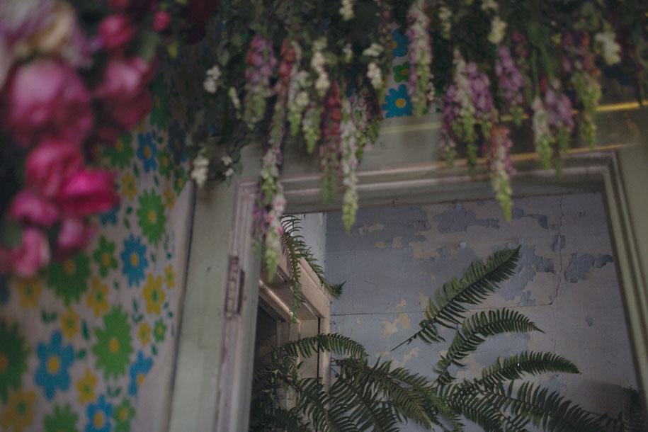 abandoned-house-transformed-flower-house-lisa-waud-heather-saunders-7