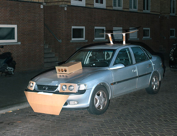 cardboard-car-customizing-pimping-max-siedentopf-netherlands-7