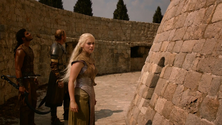 fan-visit-real-life-game-of-thrones-filming-locations-asta-skujyte-razmiene-12