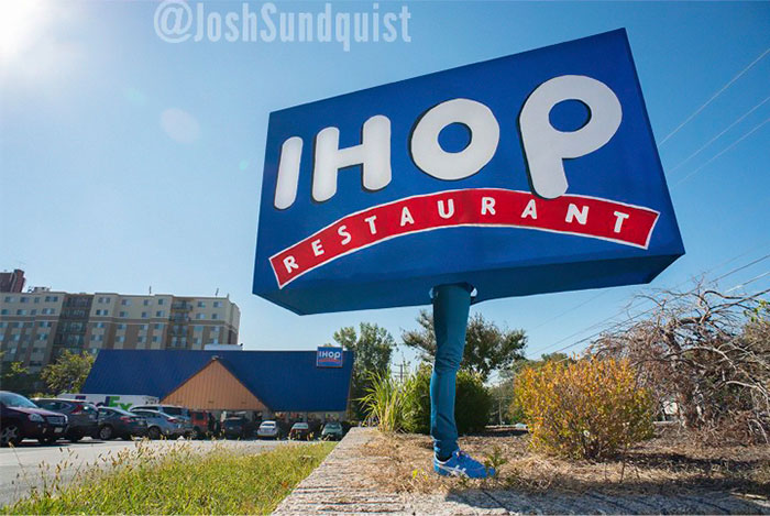 ihop-one-leg-amputee-haloween-costume-idea-josh-sundquist-2