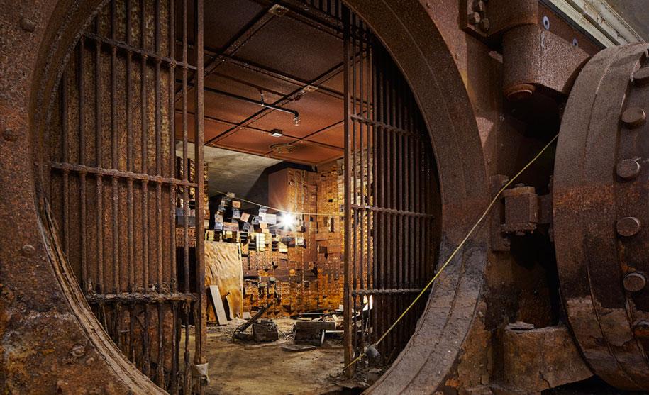 old-building-restored-stony-island-art-ban-theaster-gates-rebuild-foundation-10