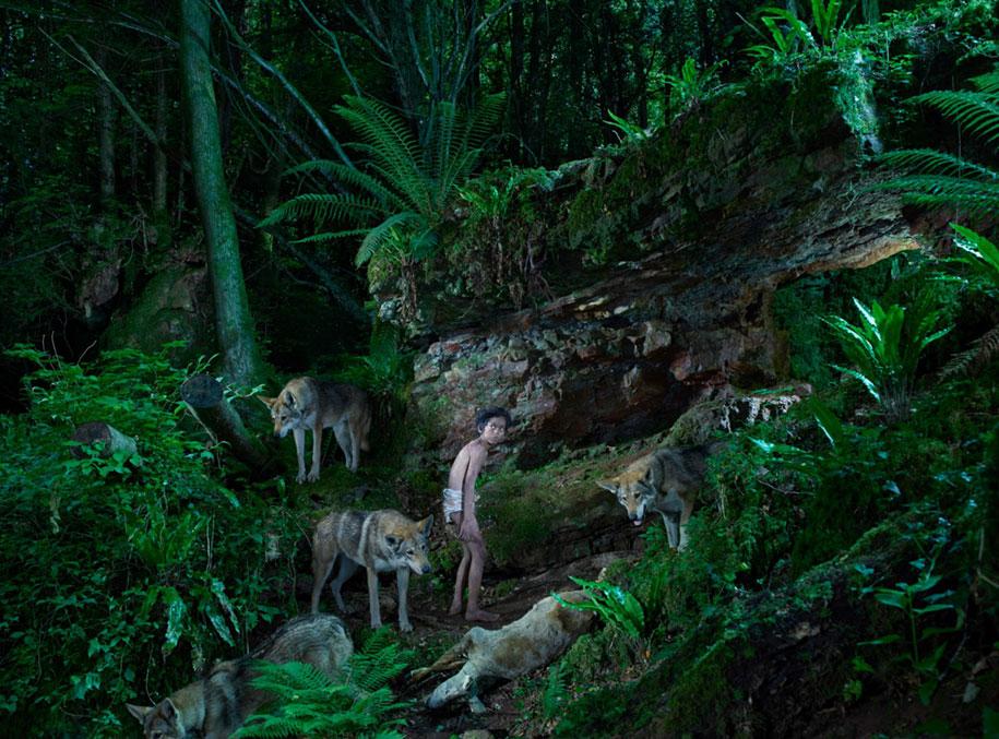 photography-wild-growing-with-animals-feral-children-julia-fullerton-batten-15