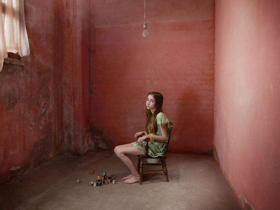 photography-wild-growing-with-animals-feral-children-julia-fullerton-batten-2