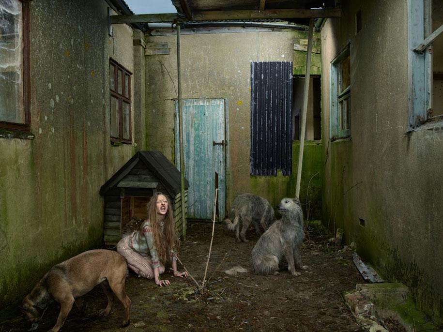 photography-wild-growing-with-animals-feral-children-julia-fullerton-batten-9