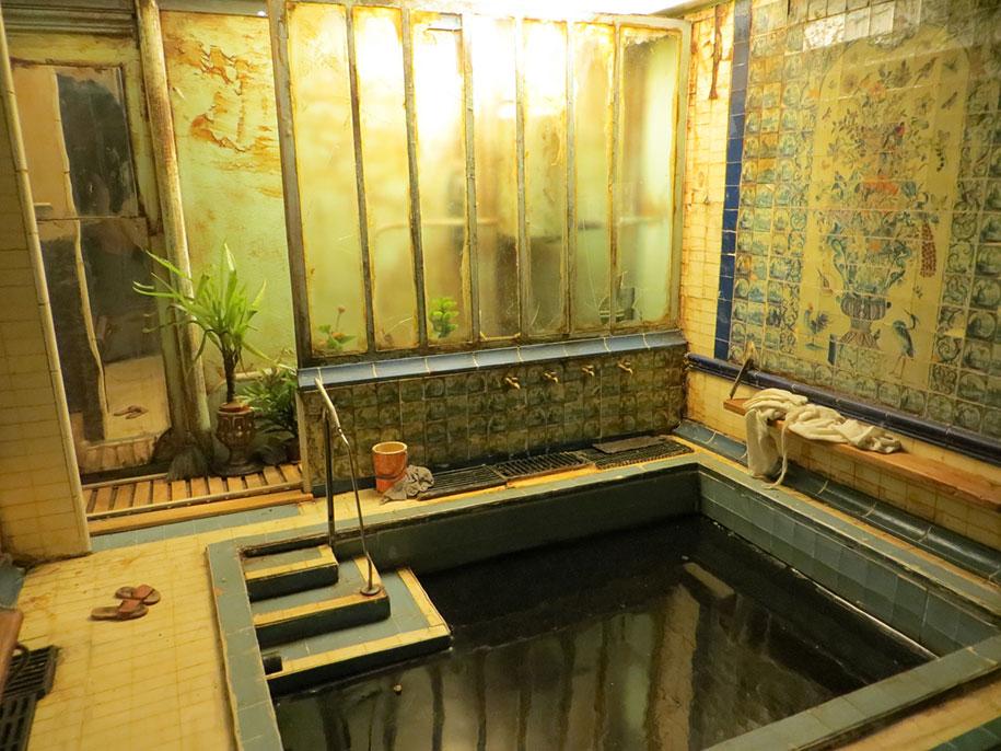 realistic-miniature-rooms-dan-ohlman-france-23