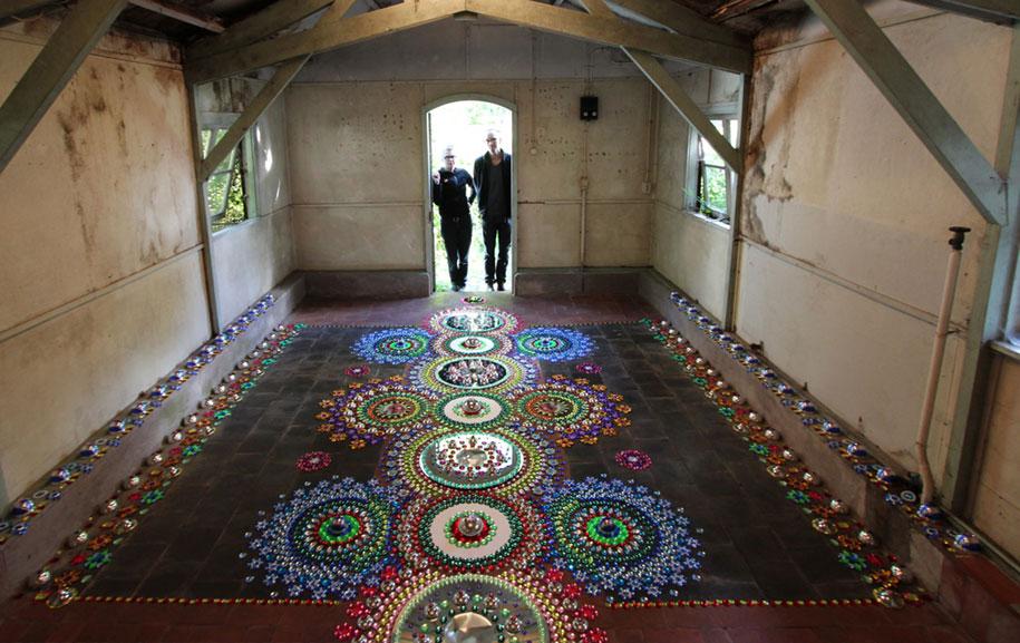 thousand-pieces-kaleidoscopic-installations-suzan-drummen-netherlands-13