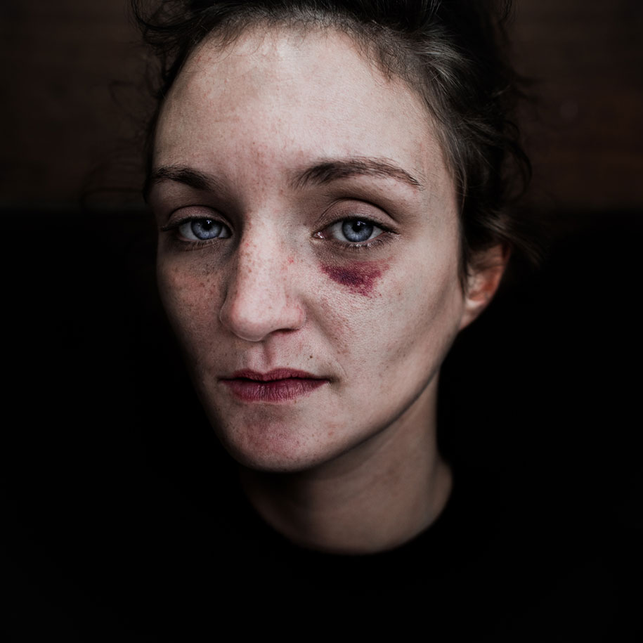 black-white-homeless-portraits-lee-jeffries-5