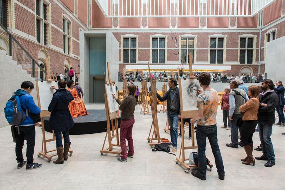 museum-visitor-drawing-sketching-startdrawing-rijksmuseum-amsterdam-19