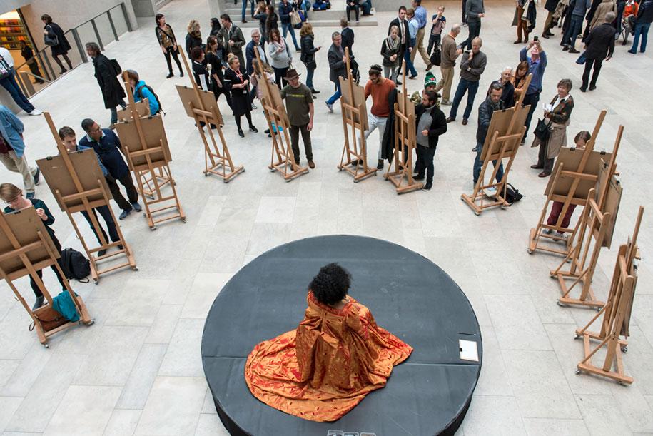 museum-visitor-drawing-sketching-startdrawing-rijksmuseum-amsterdam-4