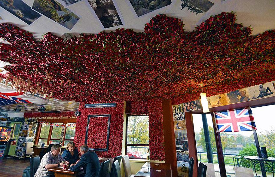 remembrance-day-veteran-soldier-memorial-poppies-julia-cooper-don-pub-11