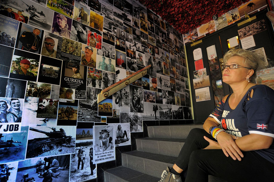 remembrance-day-veteran-soldier-memorial-poppies-julia-cooper-don-pub-2