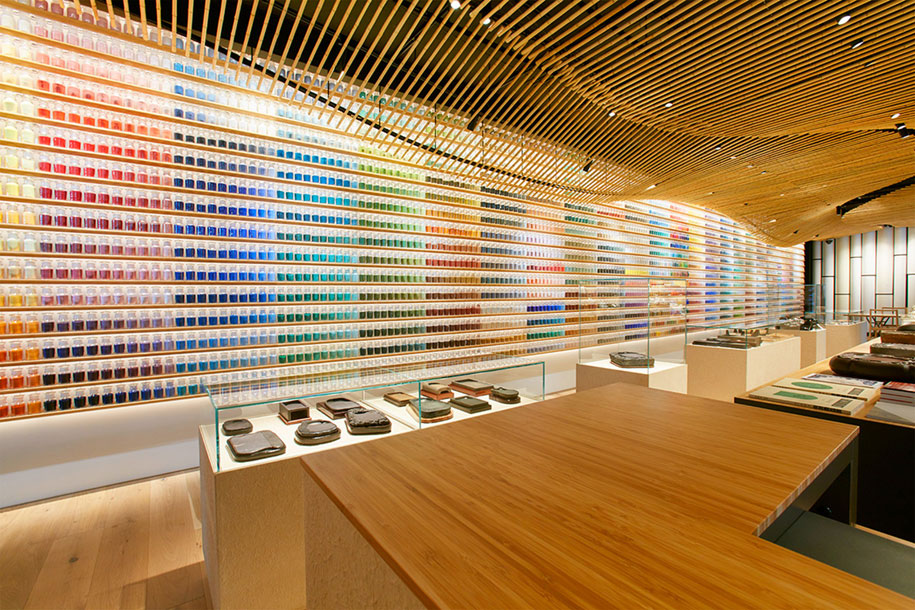 traditional-art-pigment-store-paint-brush-tokyo-japan-8