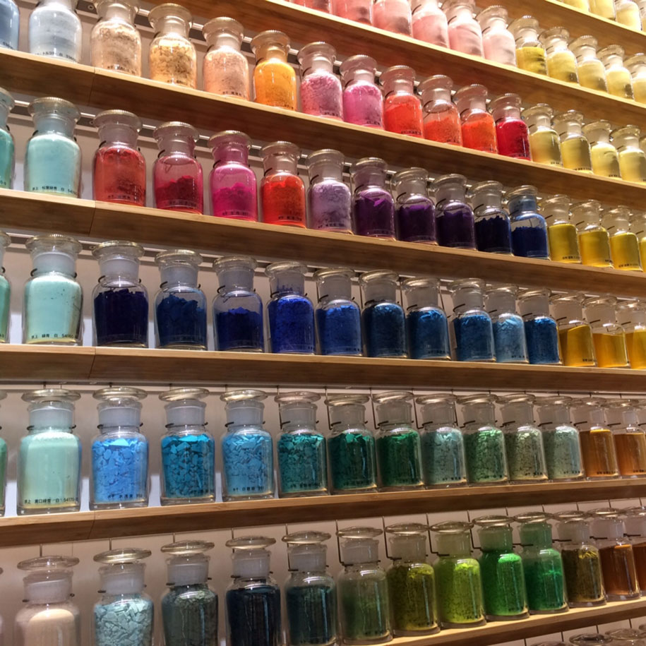 traditional-art-pigment-store-paint-brush-tokyo-japan-9
