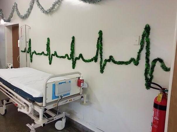 christmas-holiday-hospital-decorations-1