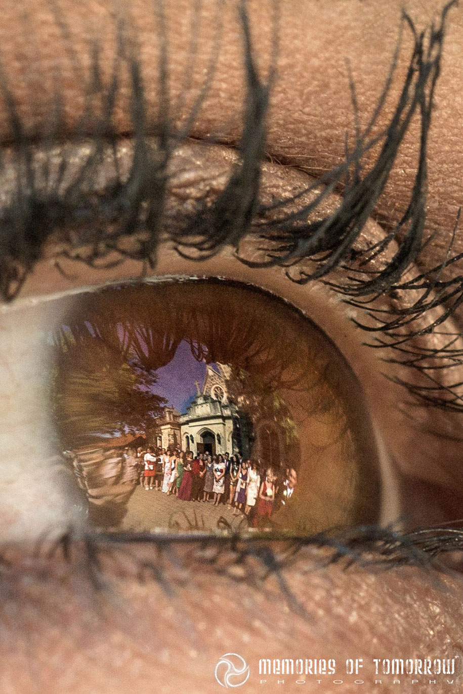 eye-reflection-wedding-photography-eyescapes-peter-adams-shawn-1