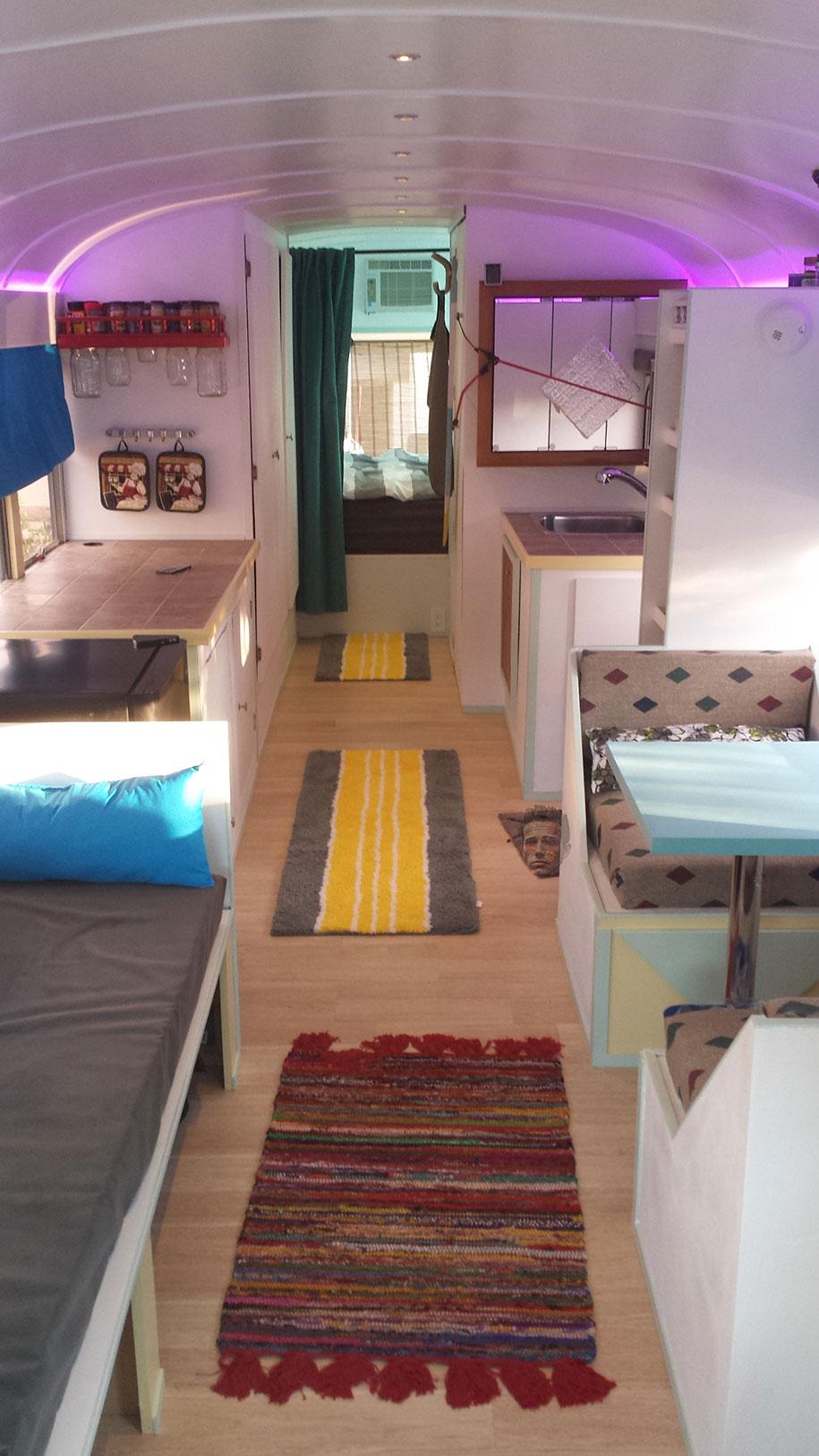 mobile-school-bus-home-travel-patrick-schmidt-7