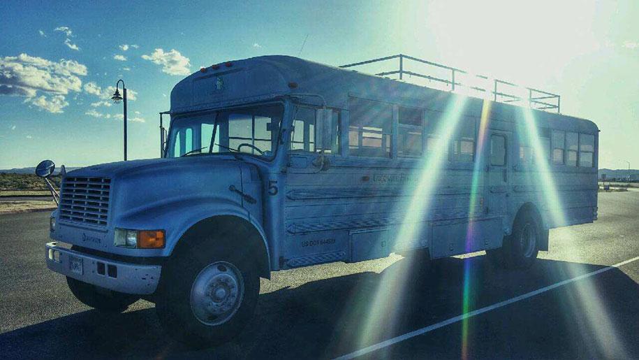 mobile-school-bus-home-travel-patrick-schmidt-8
