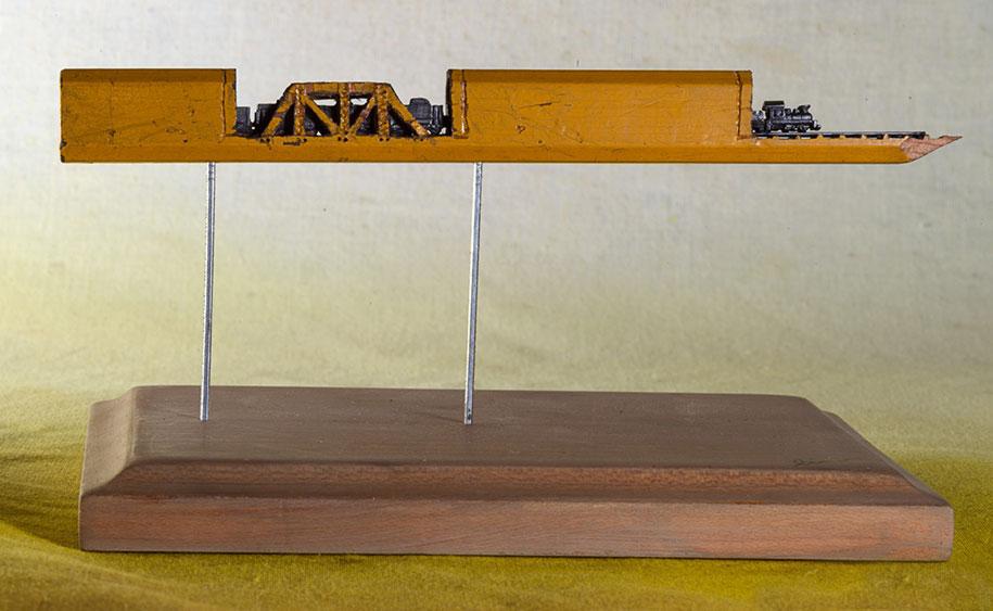 pencil-lead-carving-train-cindy-chinn-1