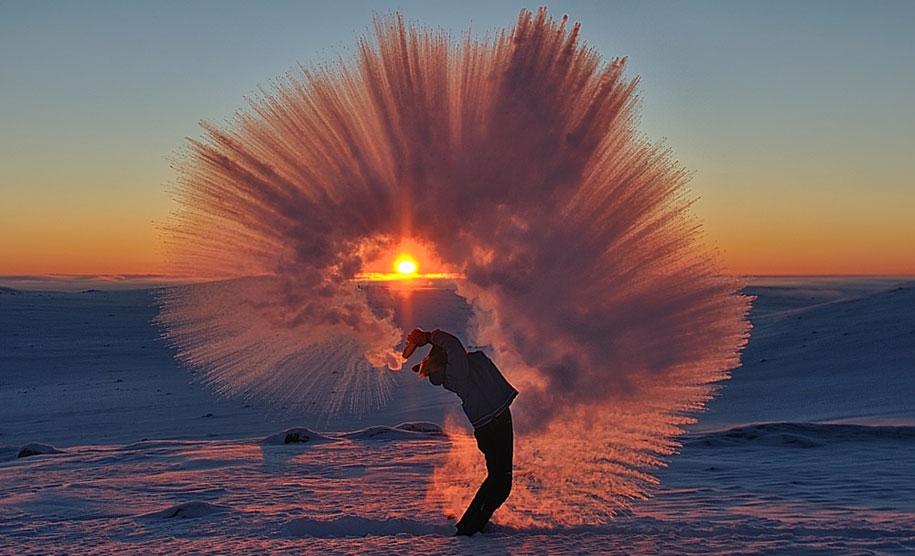 perfect-timing-photos-throwing-tea-40-celsius-freezing-michael-davies-2