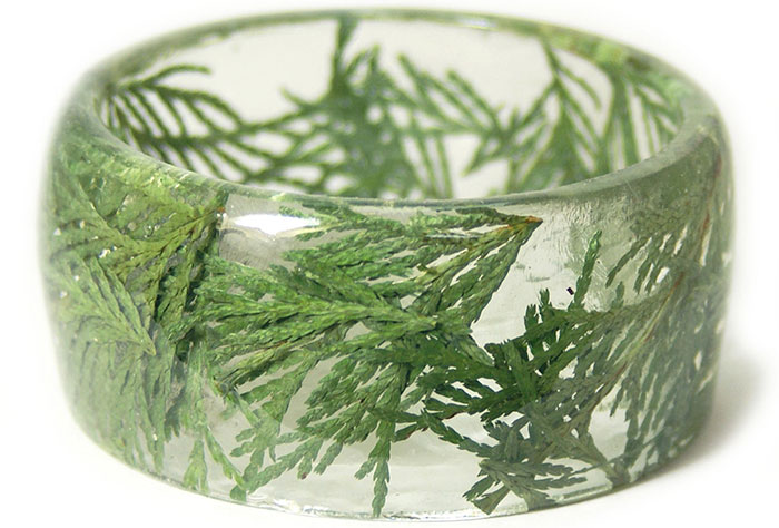 plant-flower-resin-bracelet-bangles-modern-flower-child-sarah-2