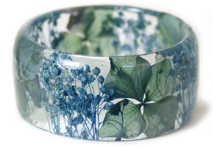 plant-flower-resin-bracelet-bangles-modern-flower-child-sarah-5