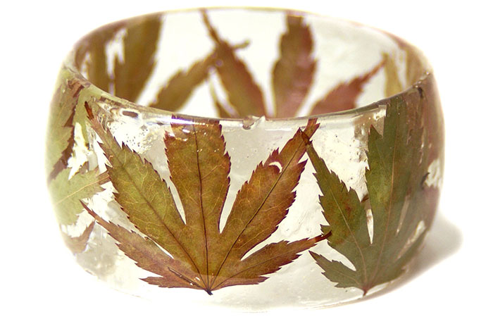 plant-flower-resin-bracelet-bangles-modern-flower-child-sarah-9