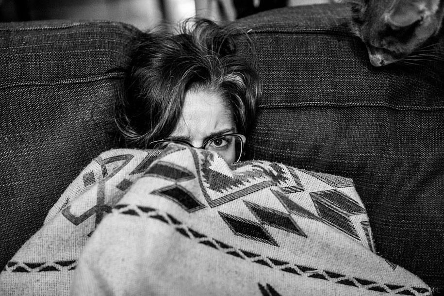 camera-shy-girlfriend-cute-portraits-mikael-theimer-14