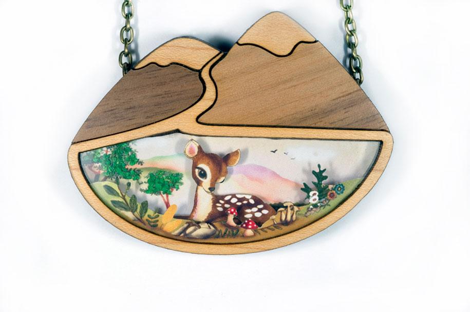 fairytale-necklaces-scenes-inside-laliblue-gemma-arnal-jerico-6