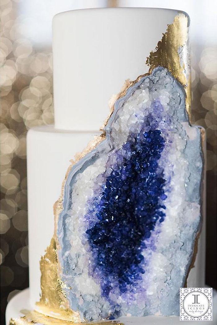 geology-confectionary-amethyst-geode-cake-rachael-teufel-2