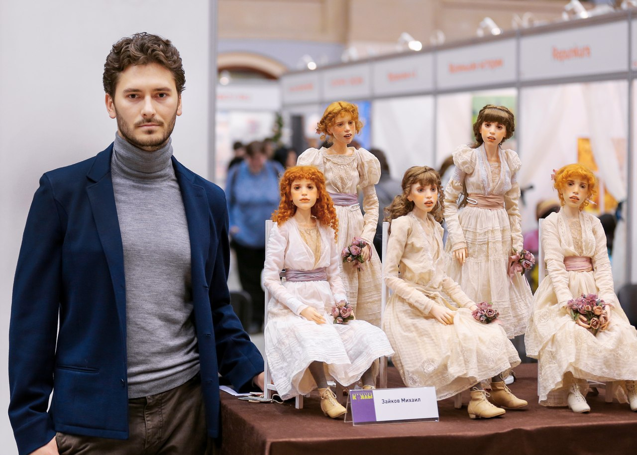 hyper-realistic-dolls-michael-zajkov-1