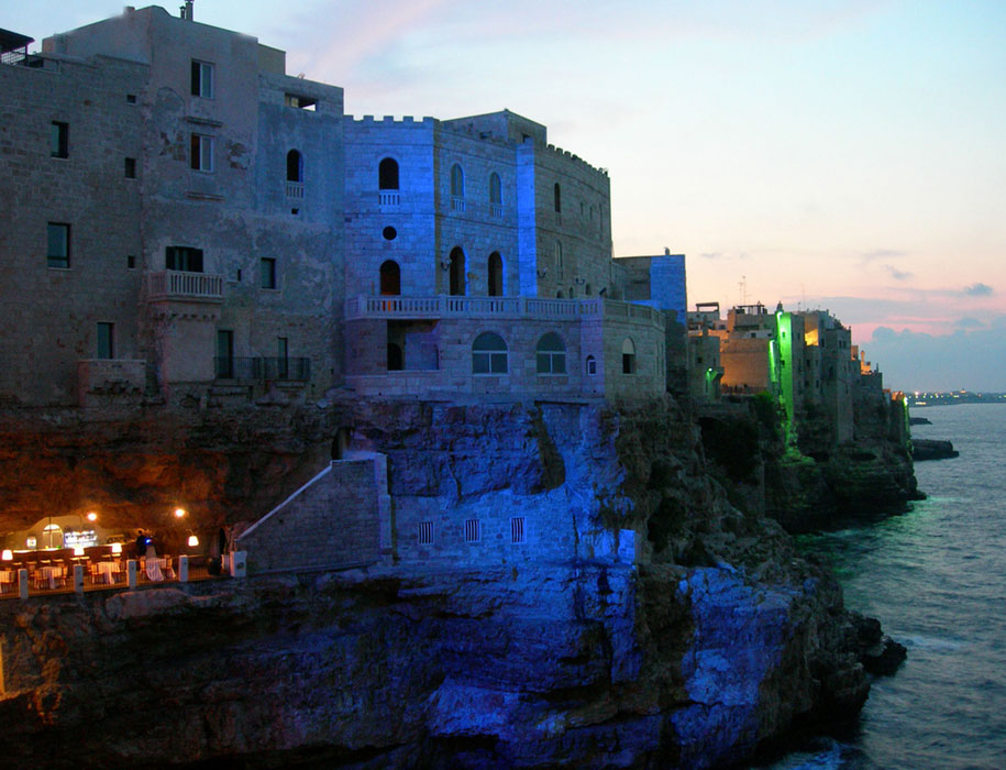 seaside-cliff-cave-restaurant-grotta-palazzes-polignano-a-mare-italy-9