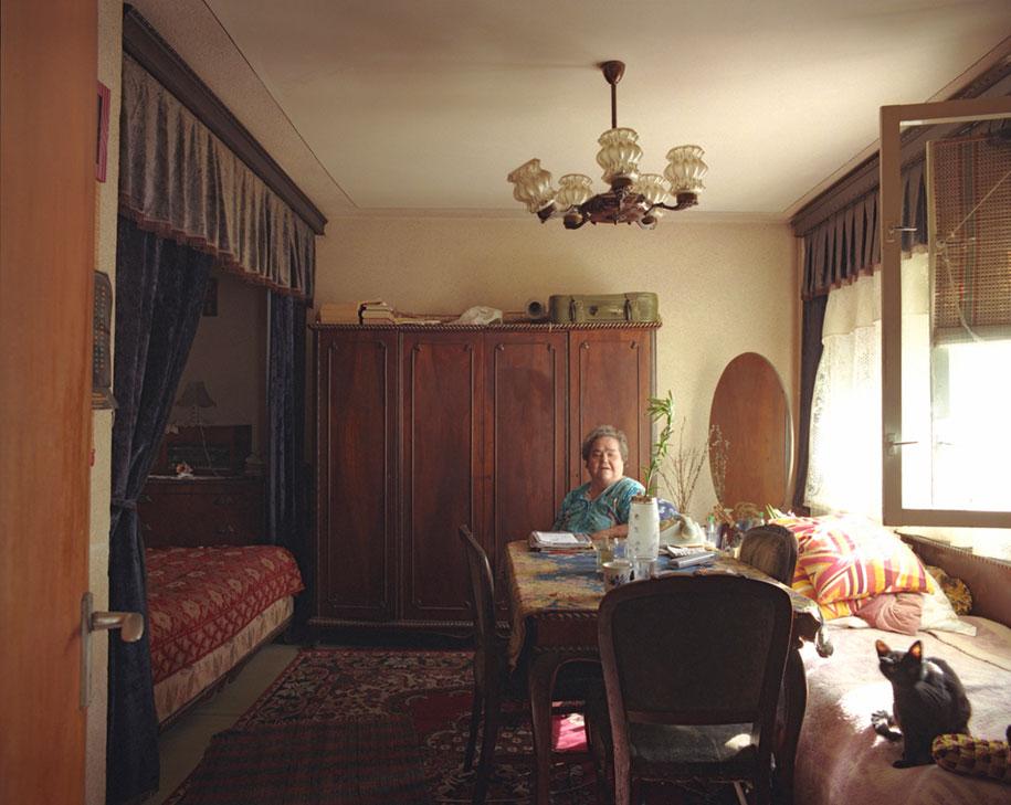 ten-floors-identical-apartments-neighbors-bogdan-girbovan-romania-5