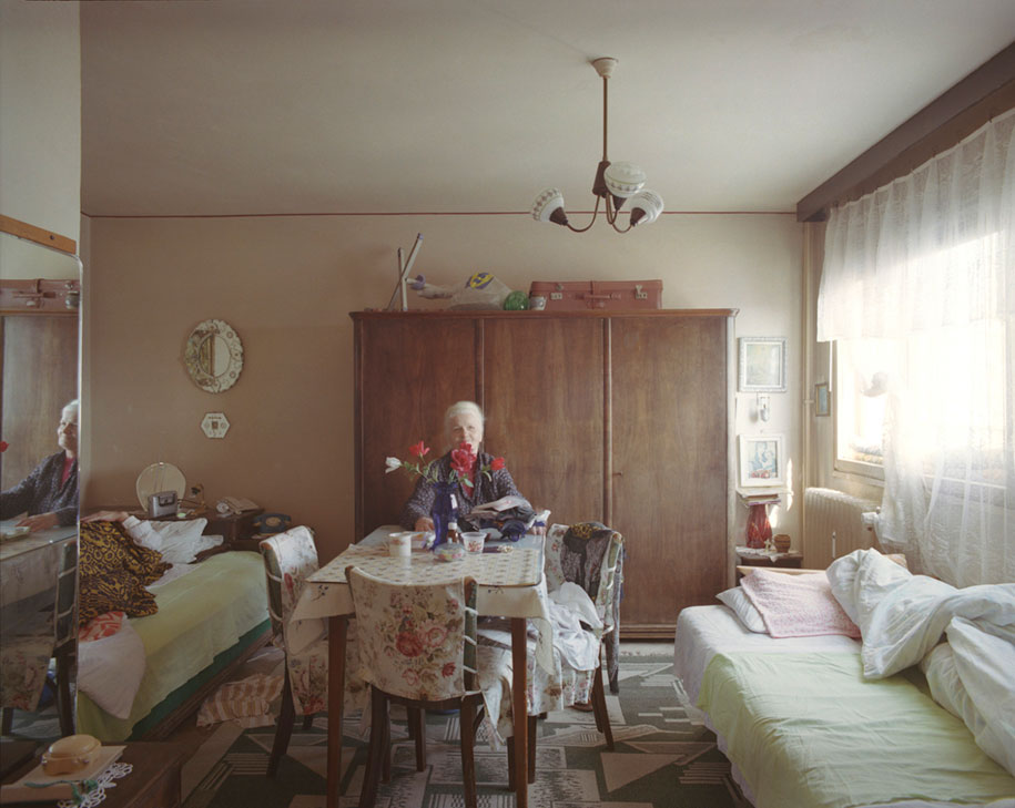 ten-floors-identical-apartments-neighbors-bogdan-girbovan-romania-8