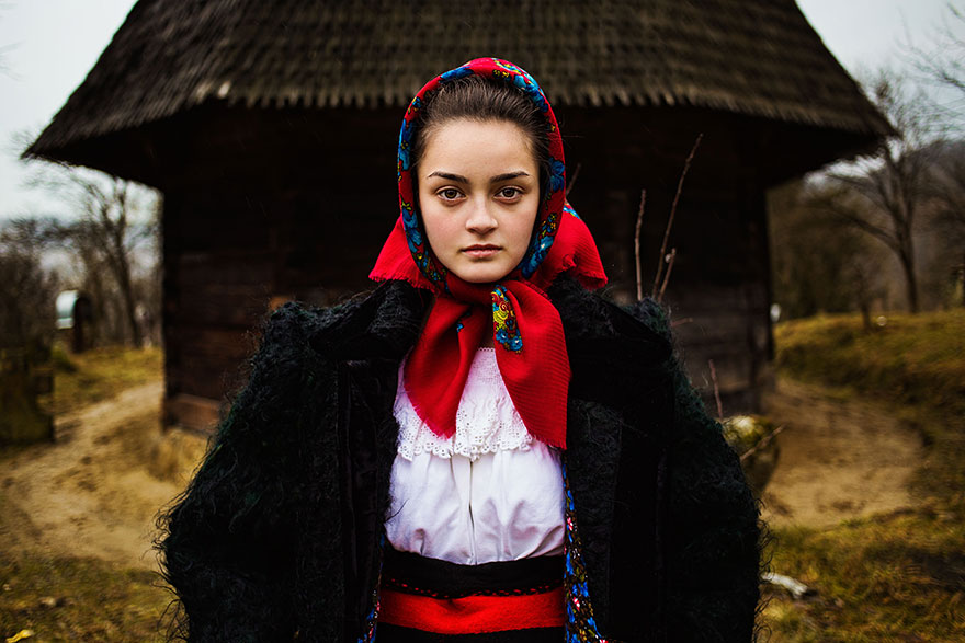 women-photos-world-atlas-beauty-mihaela-noroc-26
