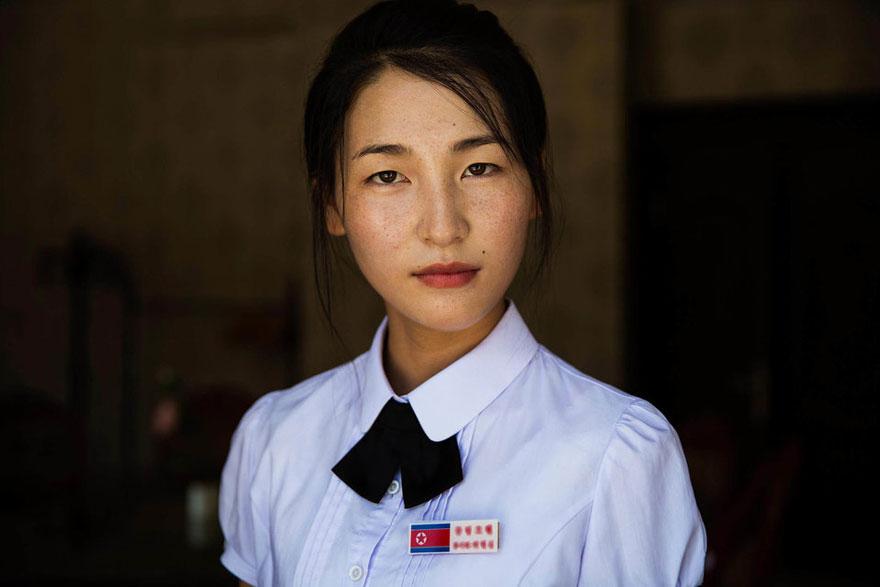 women-photos-world-atlas-beauty-mihaela-noroc-30