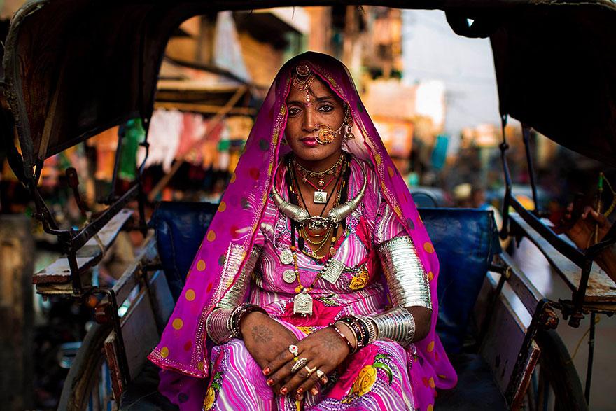 women-photos-world-atlas-beauty-mihaela-noroc-31