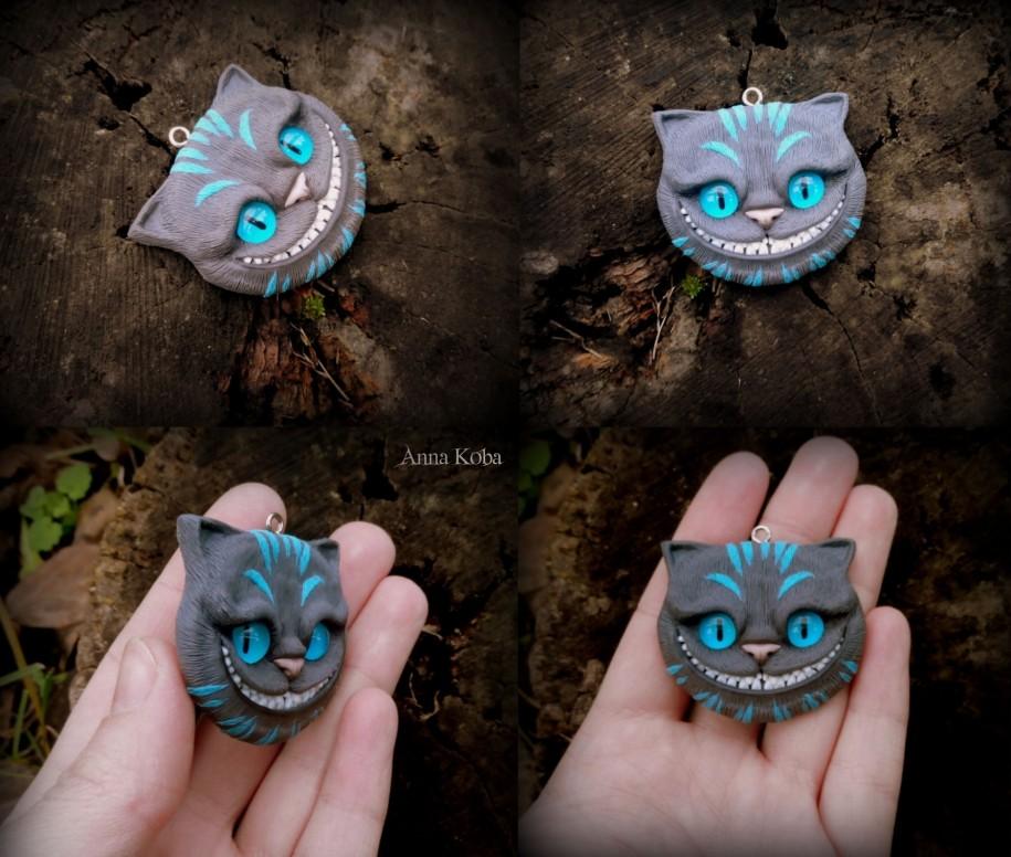Cheshire Cat. Pendant.