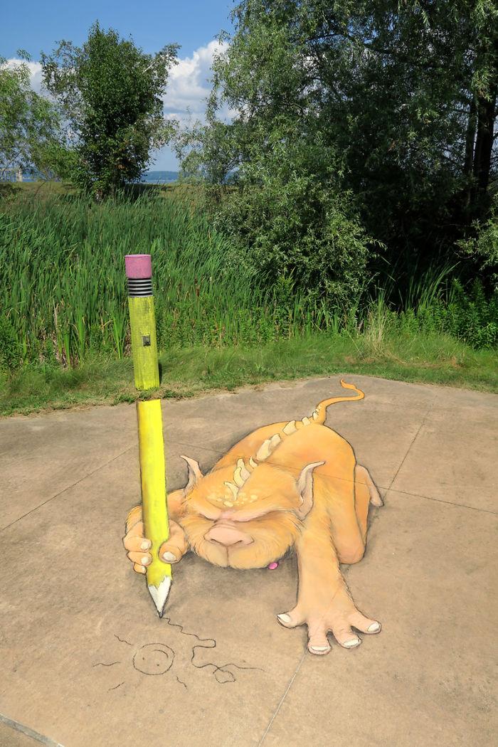 adorable-chalk-drawn-creatures-sidewalk-david-zinn-13