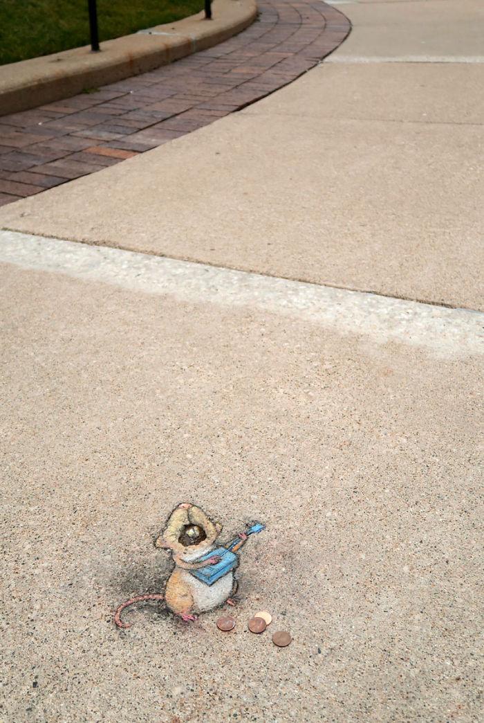 adorable-chalk-drawn-creatures-sidewalk-david-zinn-20