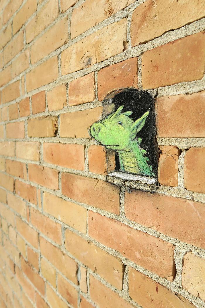 adorable-chalk-drawn-creatures-sidewalk-david-zinn-23