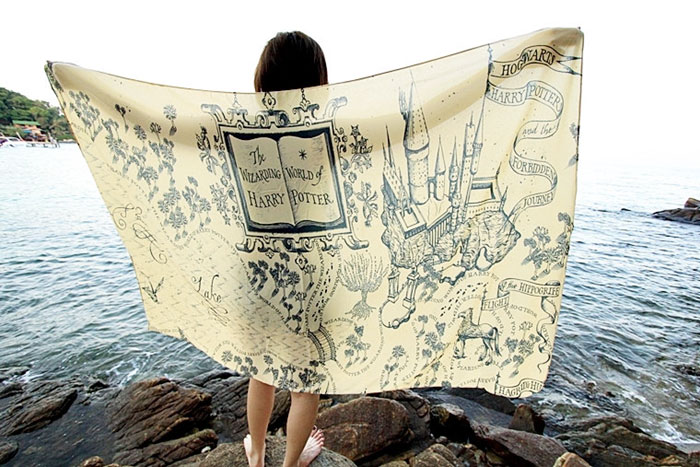 cover-text-art-book-lover-scarf-freshcomfy-pimolpan-thailand-13