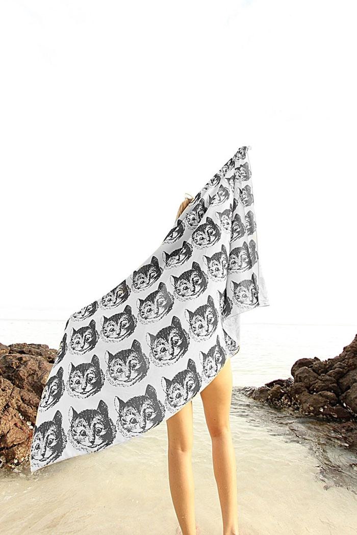 cover-text-art-book-lover-scarf-freshcomfy-pimolpan-thailand-46