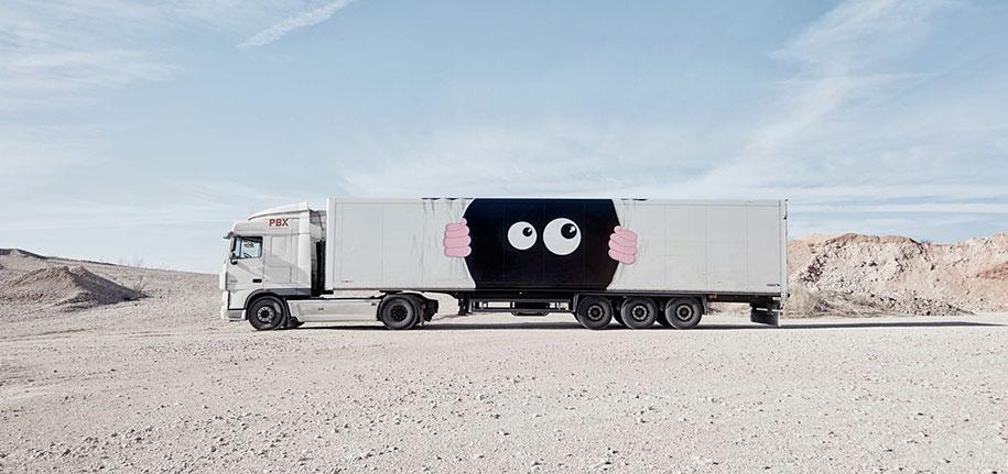 moving-graffiti-trucks-project-spain-17