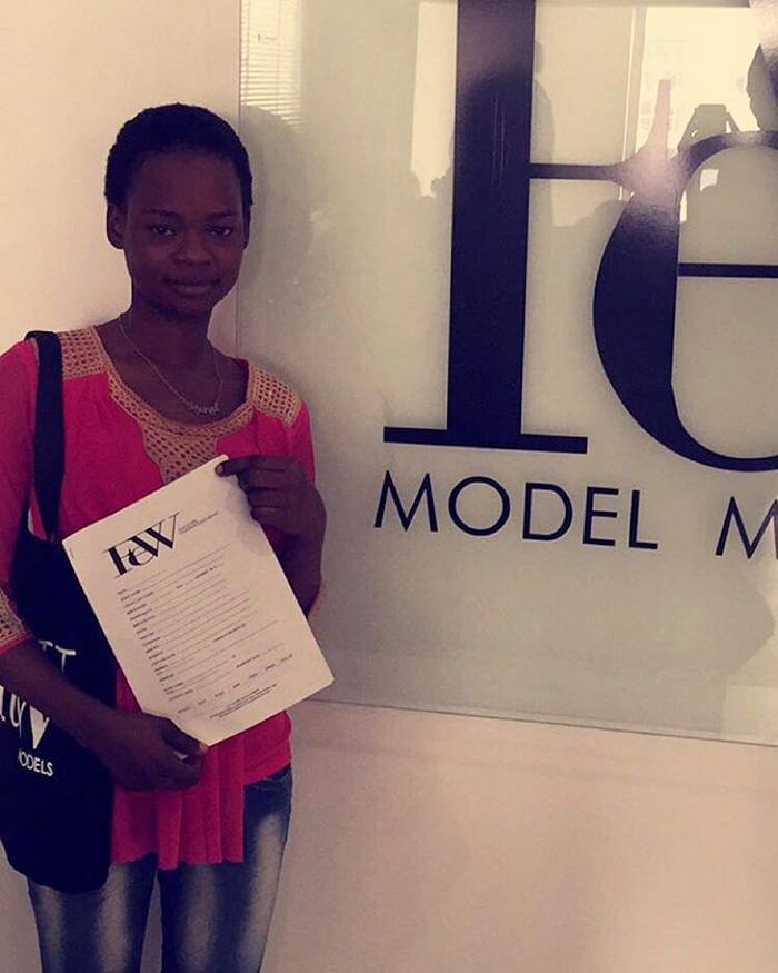nigerian-bread-seller-modeling-contract-photobomb-olajumoke-orisaguna-7