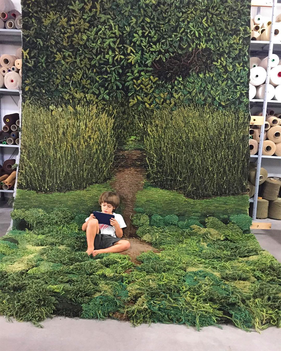 upcycle-wool-carpet-forest-moss-alexandra-kehayoglou-7