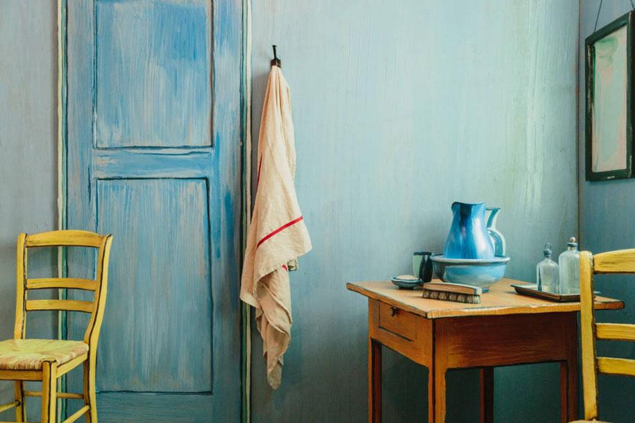 van-gogh-bedroom-airbnb-art-institute-chicago-3