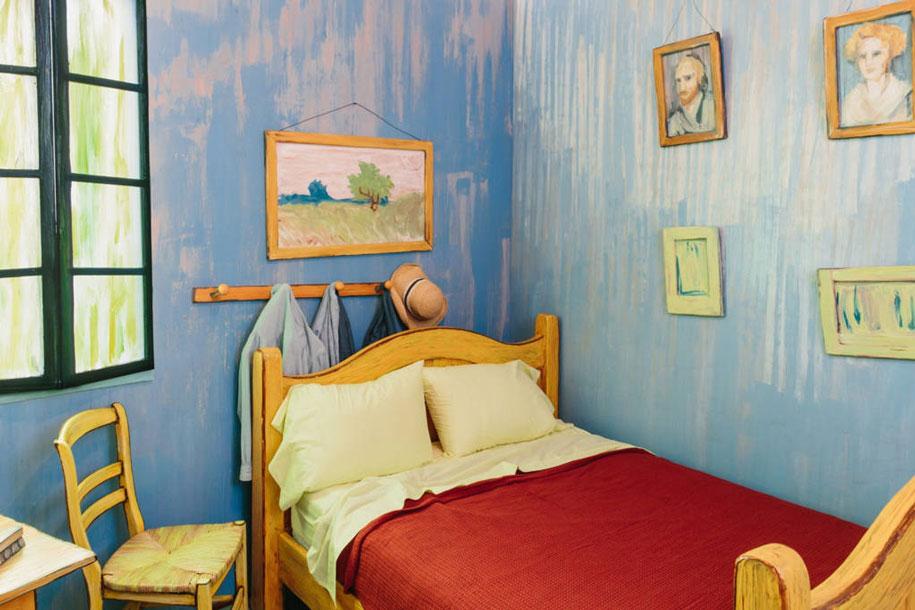 van-gogh-bedroom-airbnb-art-institute-chicago-4
