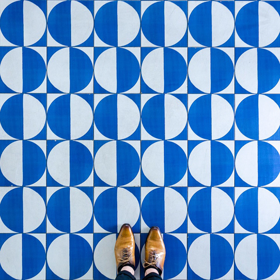 culture-under-foot-colorful-tiles-barcelona-14-2