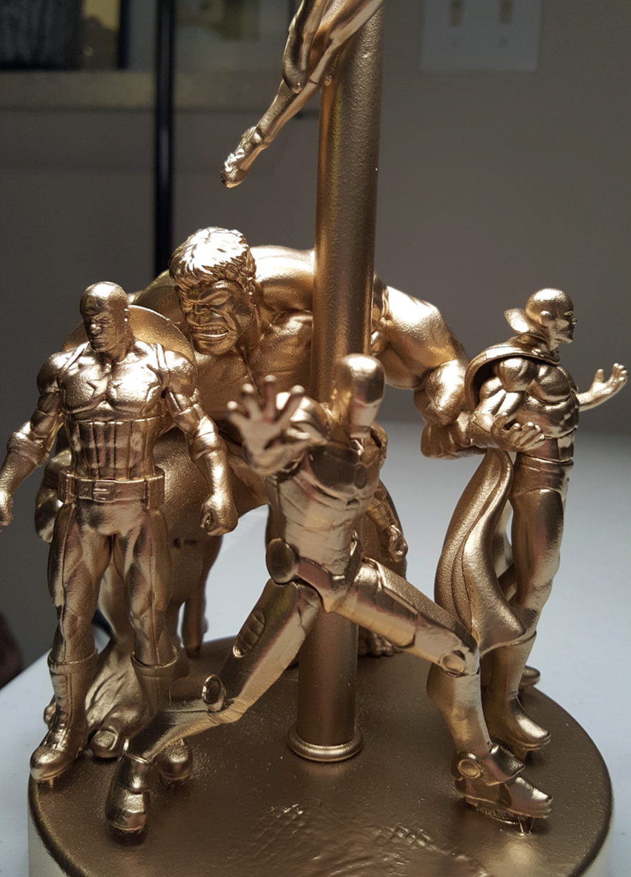 diy-superhero-action-figures-lamp-1