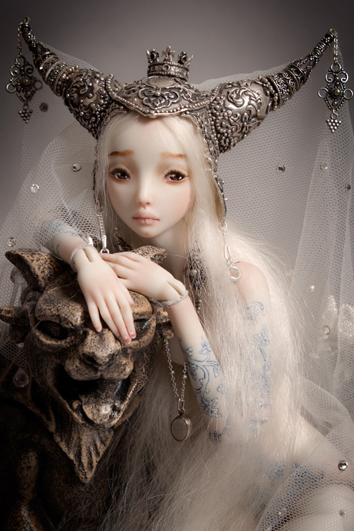 enchanted-sad-porcelain-dolls-marina-bychkova-5